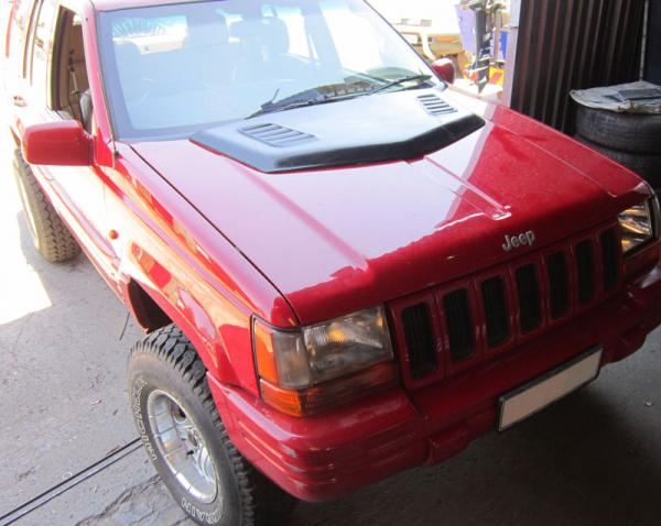 jeep-grand-cherokee-heat-extration-hood-panel